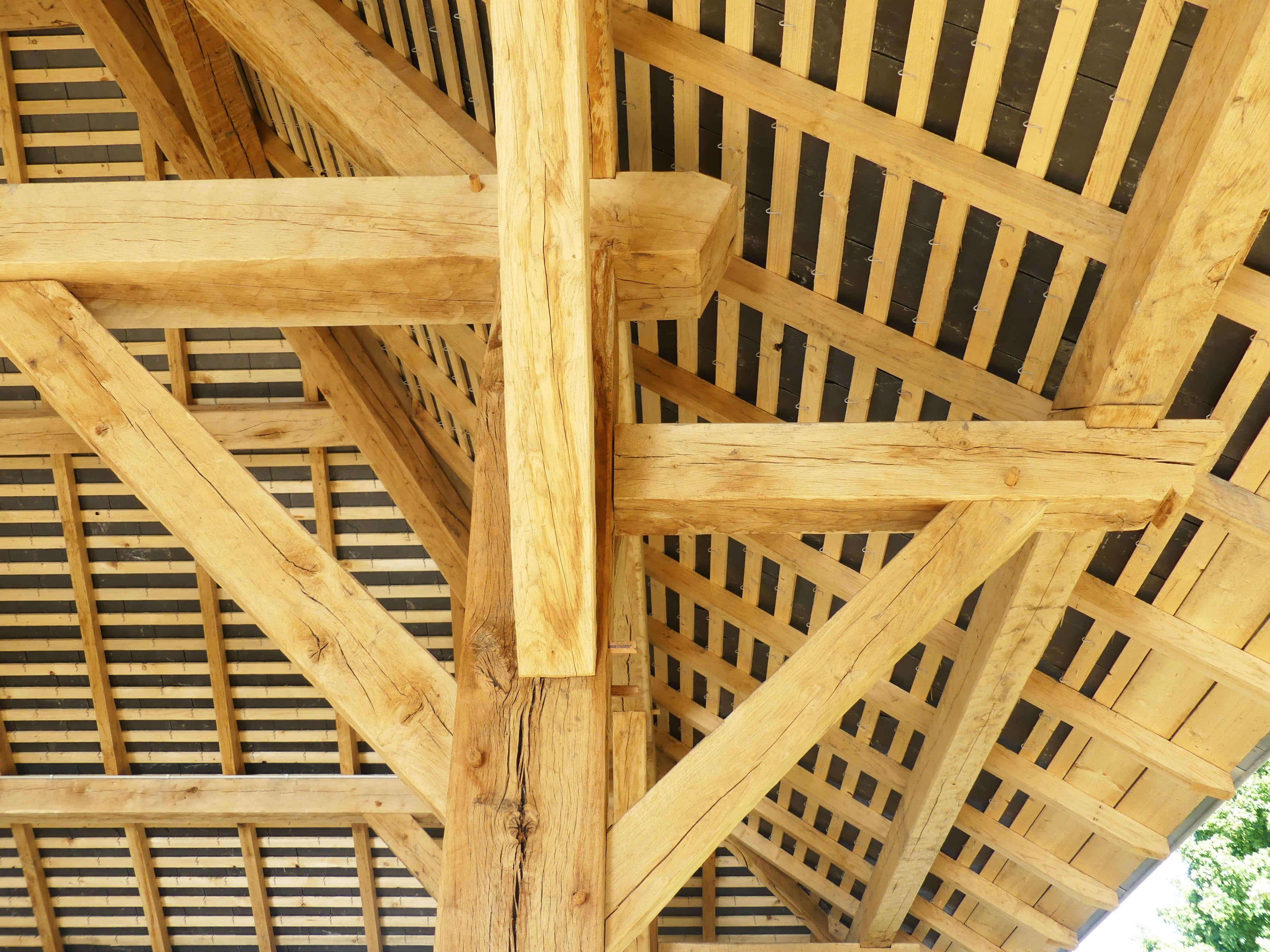 Construction d'une halle couverte ouverte en Mayenne 4